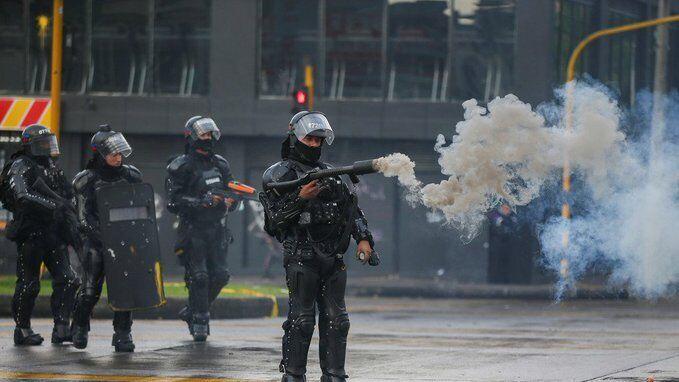 Колумбию накрыли миллионные протесты