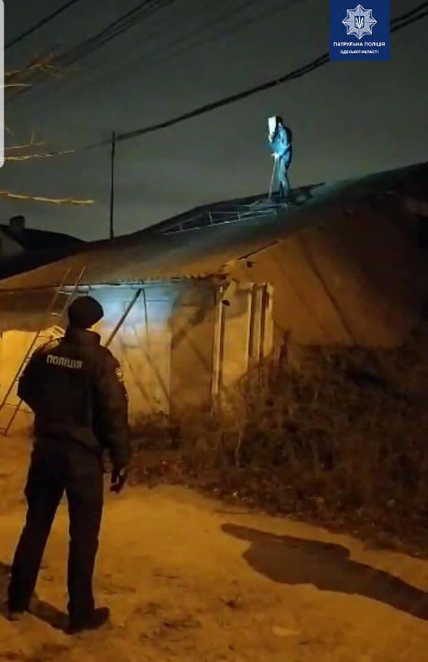 В Одессе психически больной сбросил полицейского с крыши