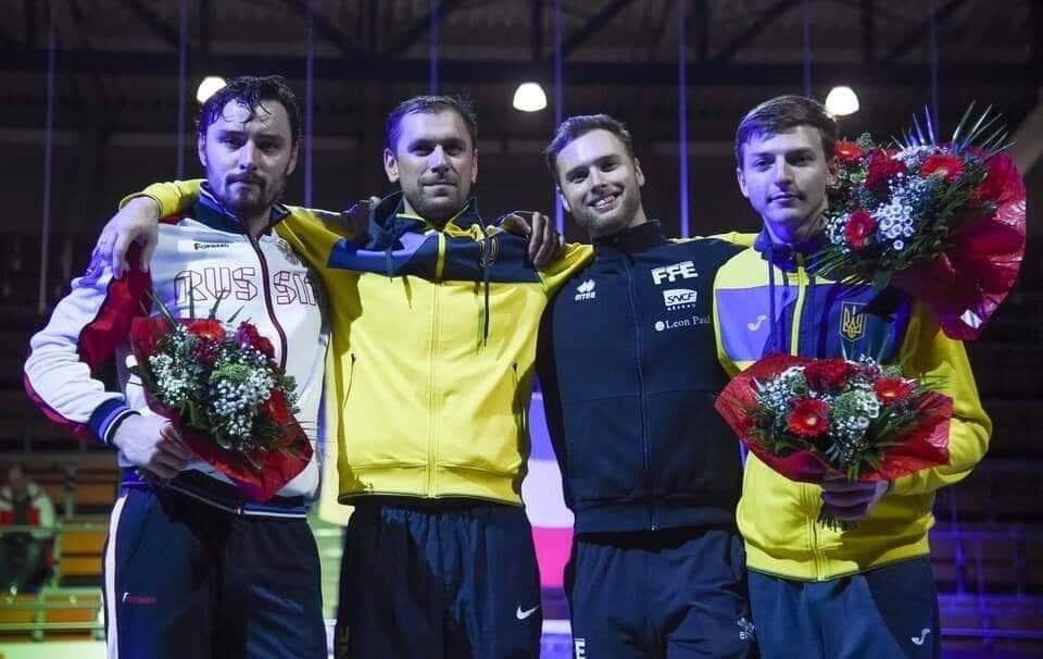 Ігор Рейзлин (другий ліворуч)