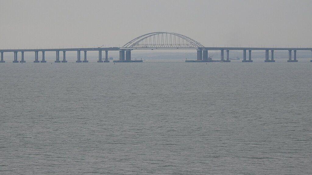 Військові на Кримському мосту