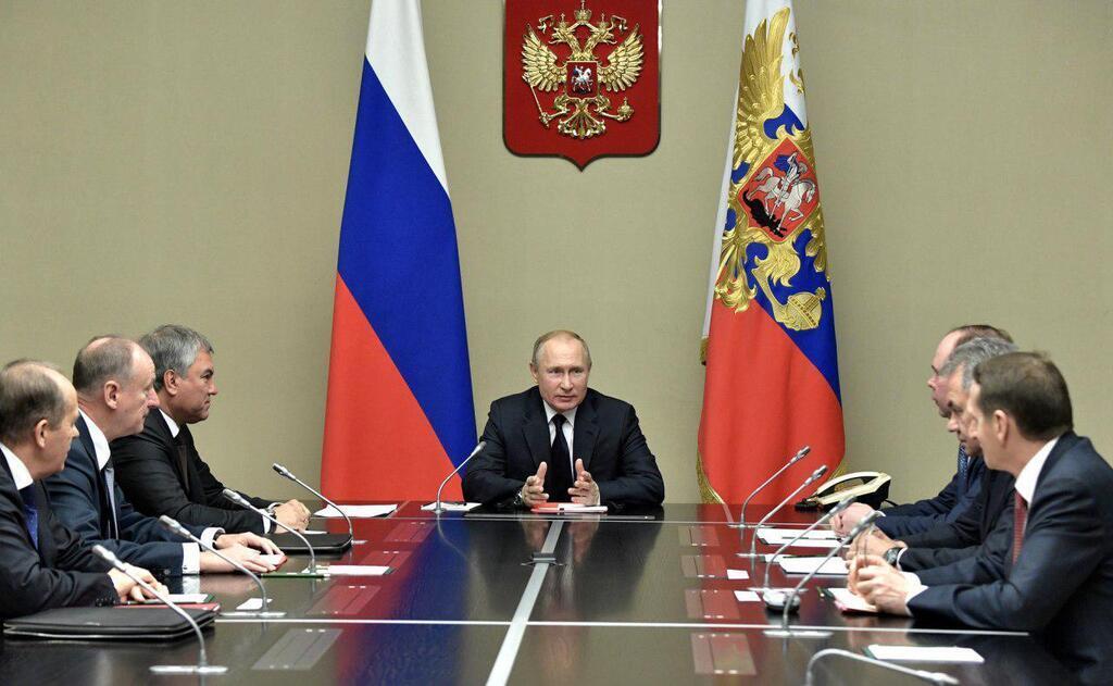 Оперативное совещание Путина с постоянными членами Совета безопасности России