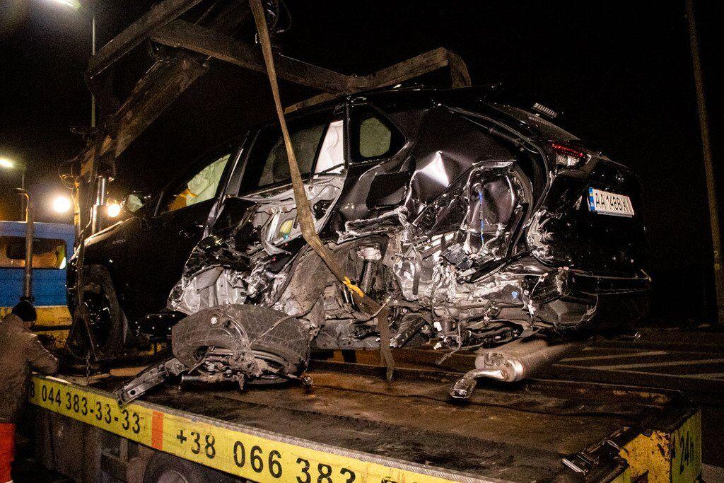 Попередньо, причиною аварії стало недотримання безпечної дистанції між машинами