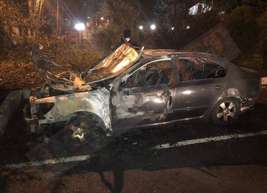 В Одесі спалили авто начальника митниці