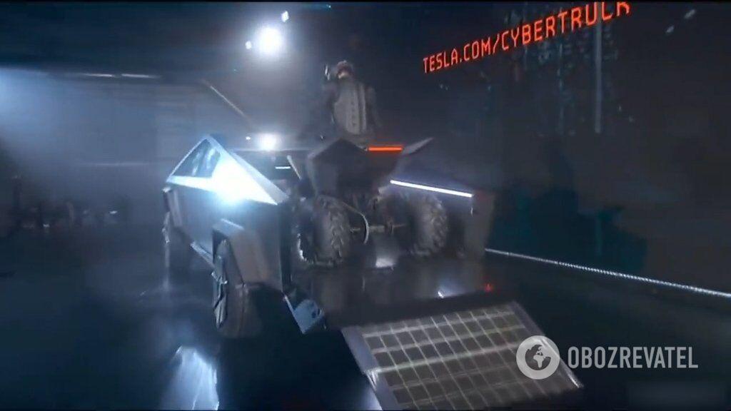 Сенсація цього року - Cybertruck