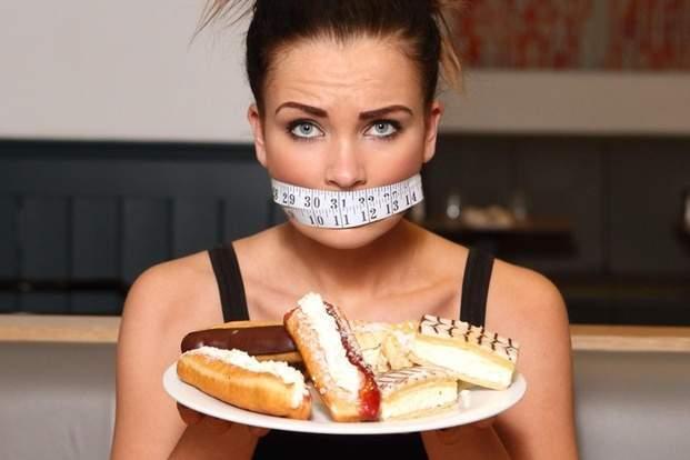 Як перестати їсти солодке: ефективний метод