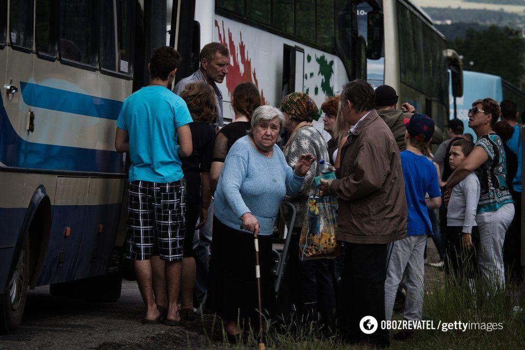 """В Украине собрались вернуть пенсии для """"Л/ДНР"""": во сколько обойдется инициатива"""