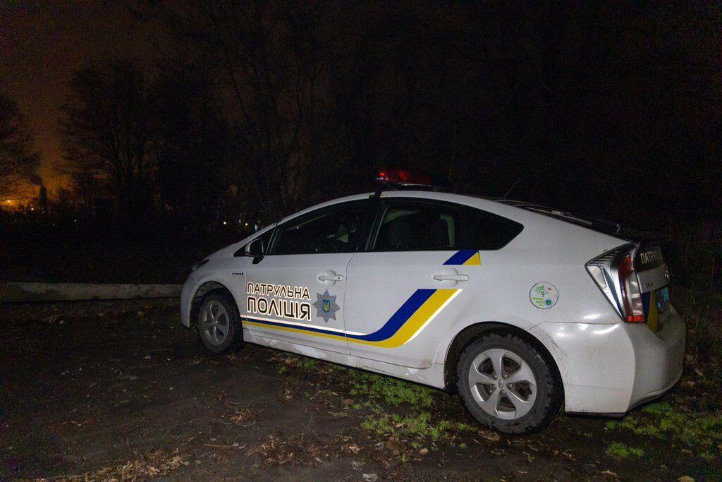 У Дніпрі біля школи знайшли два трупи