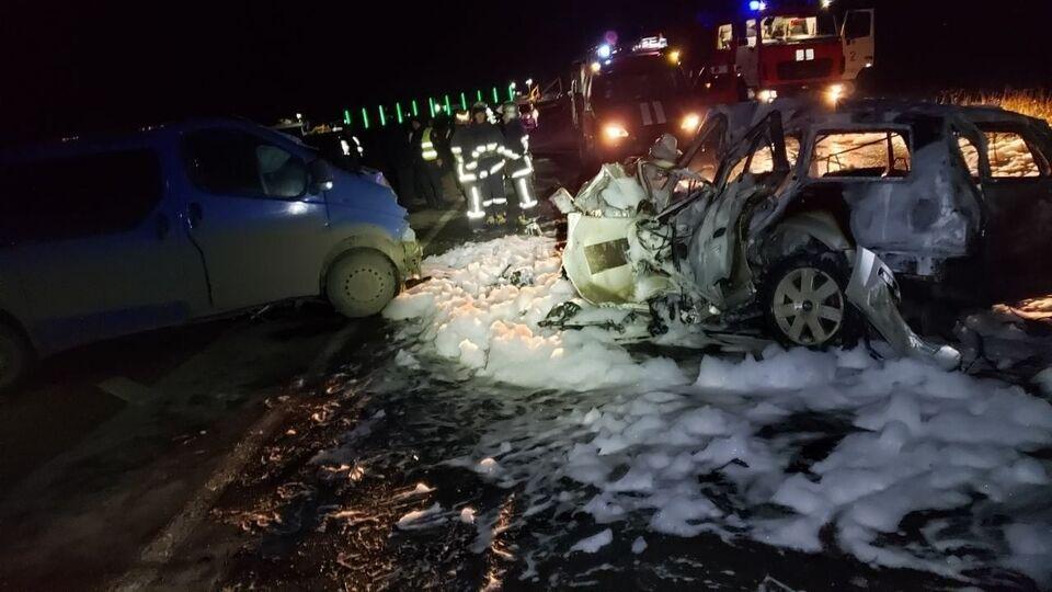 Под Черновцами в ДТП погибли трое человек
