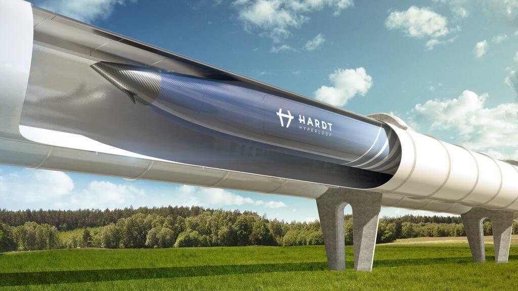 Идея Hyperloop – перемещение транспортных капсул внутри надземных трубопроводов, расположенных на опорах