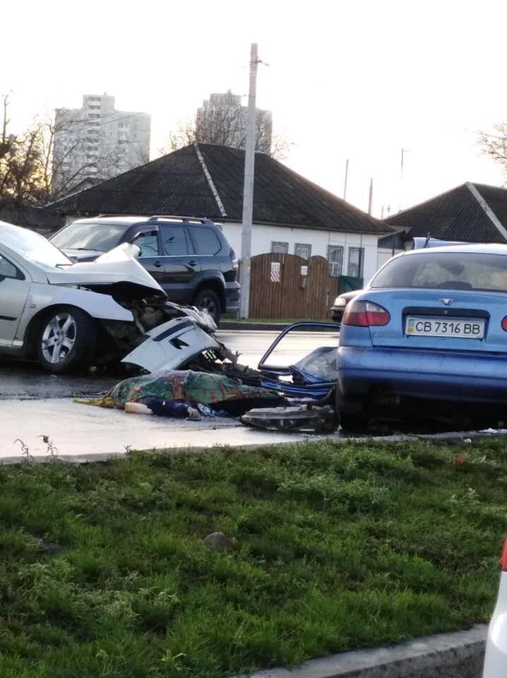 В Броварах Киевской области 5 ноября произошло ужасное ДТП, в результате которого погибла женщина