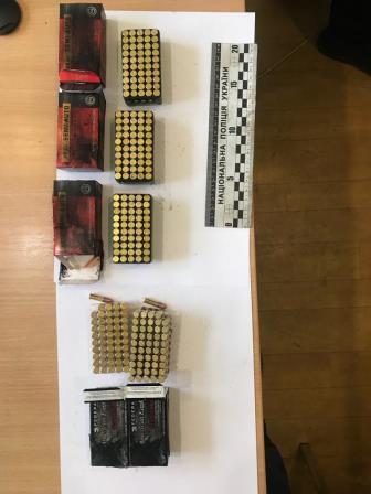 Полицейского подозревают в торговле боеприпасами