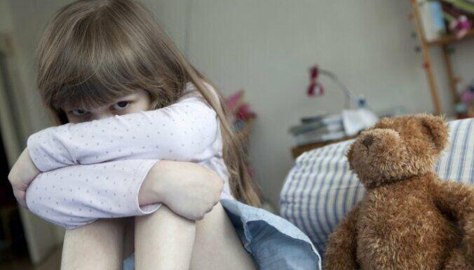 Маленькие дети не всегда могут рассказать родителям, что с ними произошло