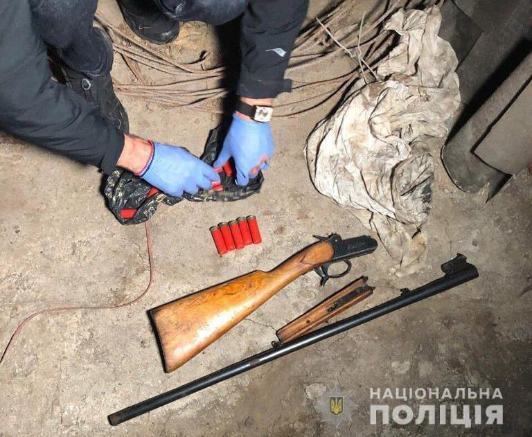 Изъятое у подозреваемого оружие направили на экспертизу