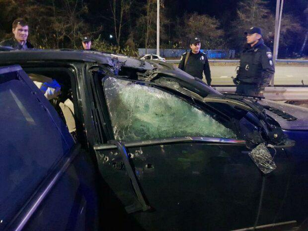 Фото с места взрыва авто Игоря Сало