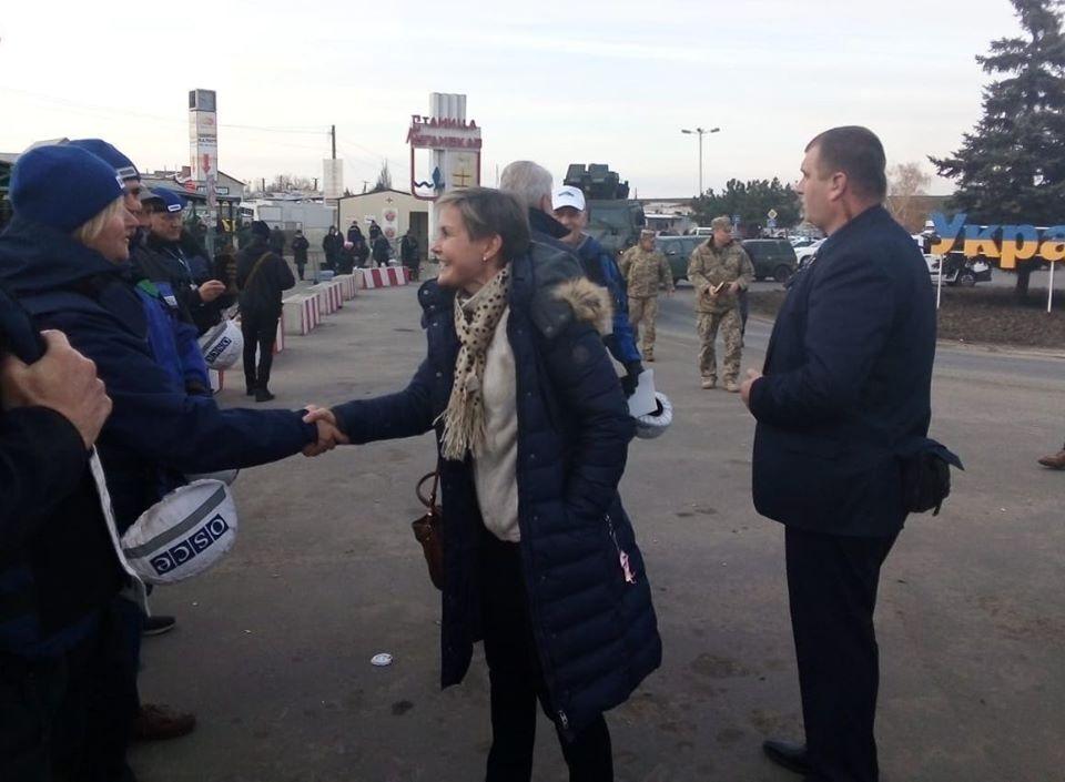 1 ноября в Станице Луганской побывала делегация Финляндии
