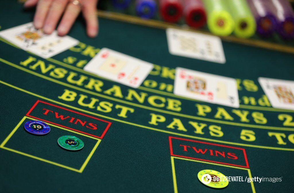 """""""Слуга народа"""" легализует азартные игры: сколько можно выиграть"""