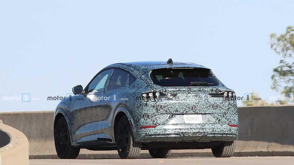 Світовий дебют електричного кросовера Ford відбудеться на автошоу в Лос-Анджелесі