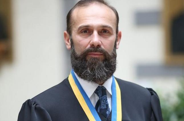 Артур Ємельянов - суддя-мільйонер родом із Донецька