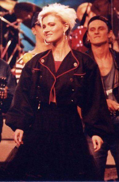 Марі Фредрікссон на концерті в 1987 році