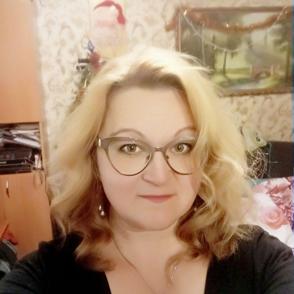 Преподавателя информатики Анну Бортюк нашли первой. Она выводила детей из здания, а сама погибла