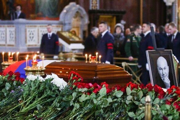 Похорони Юрія Лужкова