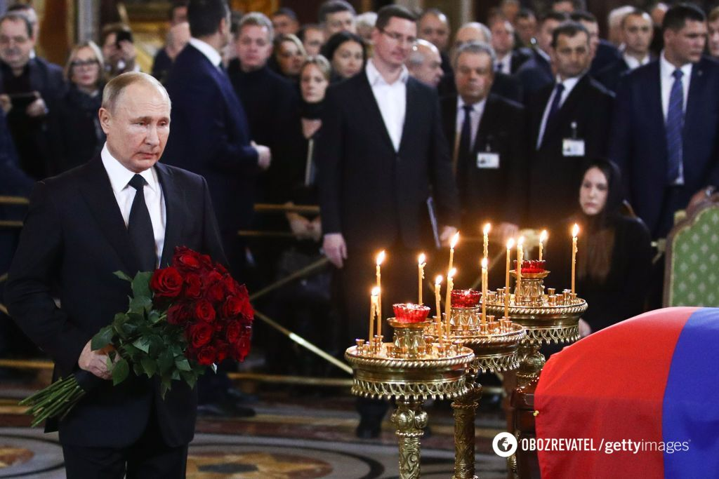 Путін на похороні