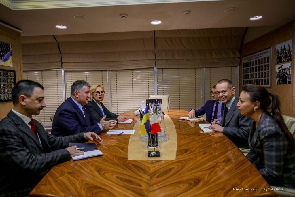 Аваков і Денисова обговорили з послом Італії справу Марківа