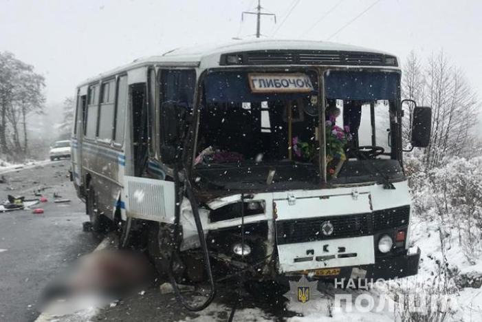 ДТП под Тернополем. Пассажирка вылетела из автобуса и погибла