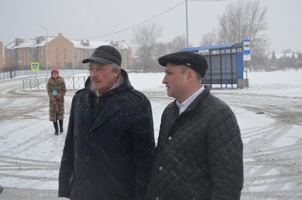 У РФ урочисто відкрили зупинку з туалетом