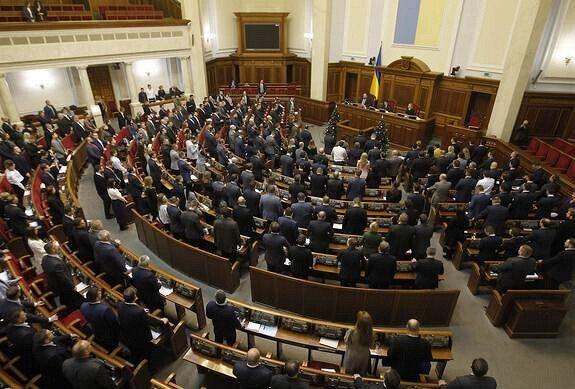 Всі під загрозою: українці через бездіяльність влади труяться в закладах харчування
