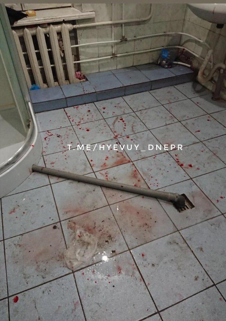 В общежитии Днепра пьяный студент устроил ЧП