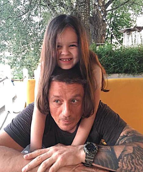 Алексей Макаров с дочкой