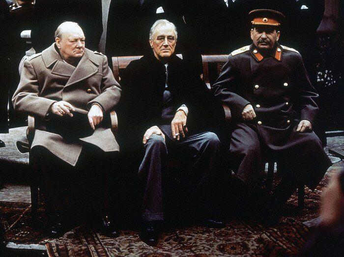 Черчілль, Рузвельт і Сталін в Ялті. Лютий 1945 року