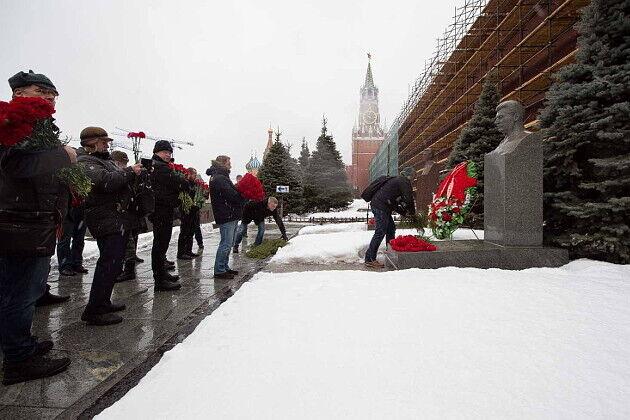 День народження Сталіна: як виглядає його могила