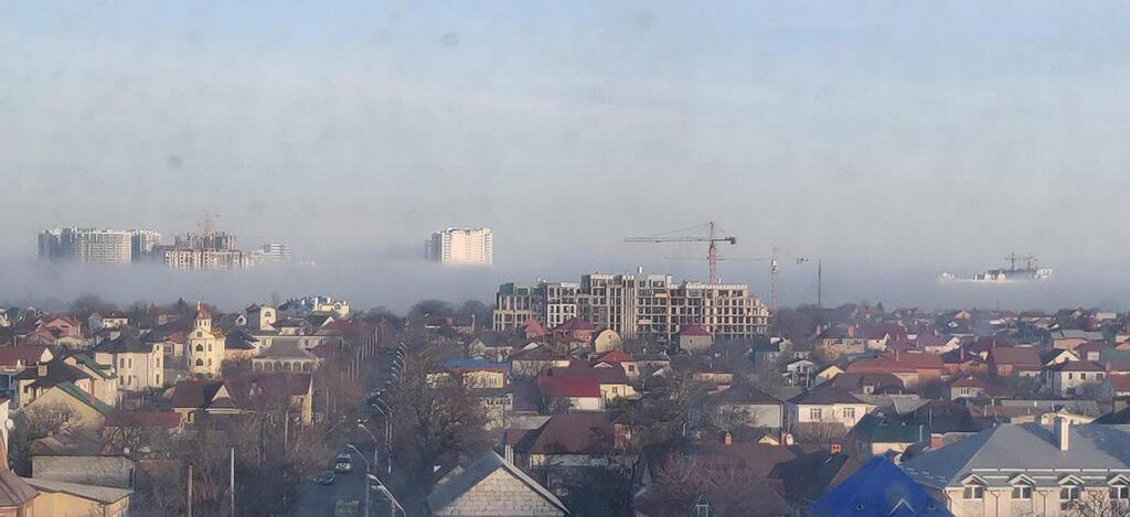 Одессу укутал фантастический туман