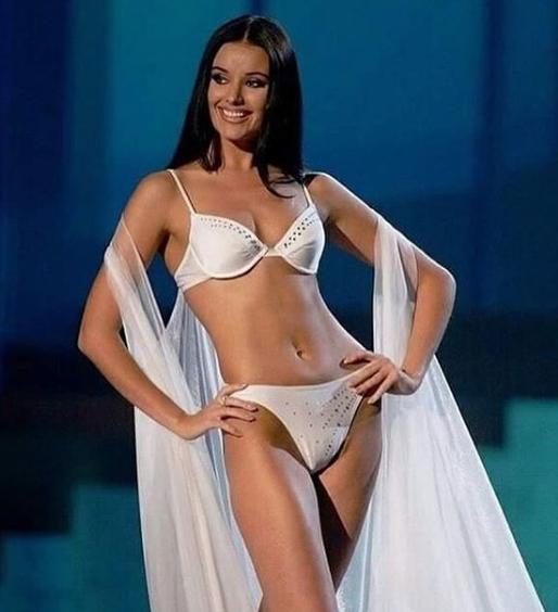 Оксана Федорова в 2002 році