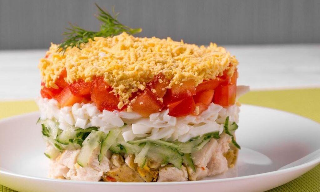 Салат з куркою