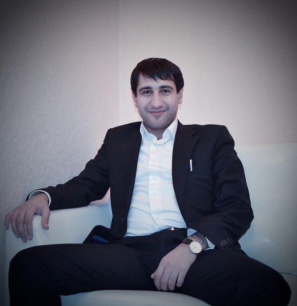 Арзу Акберов