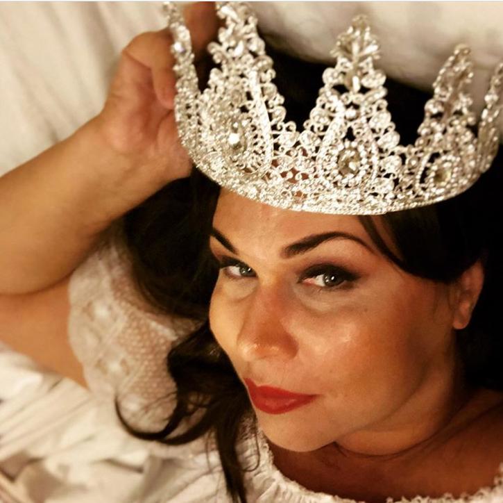 Анастасия Погосова получила корону на конкурсе красоты