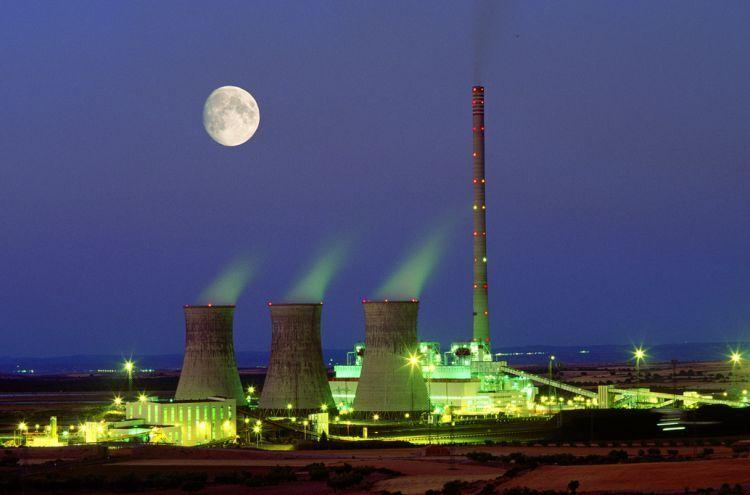 Угольная теплоэлектростанция в Андорре, провинция Теруэль