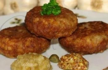Рецепт дуже смачної універсальної страви з фаршу