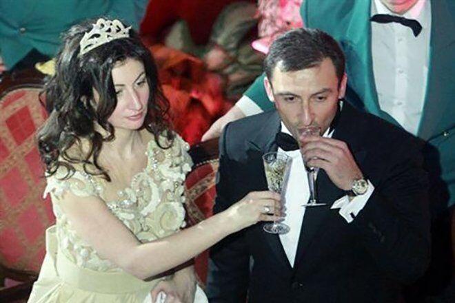 Свадьбу Шпигель и Соболева отмечали с размахом. На ней присутствовали известные российские певцы