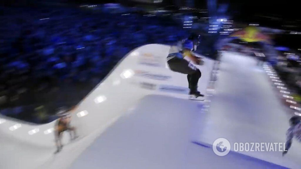 Міжнародні змагання з Ice Cross Downhill