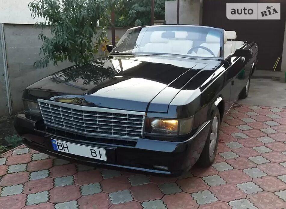 """""""Волга"""", стилізована під Cadillac"""