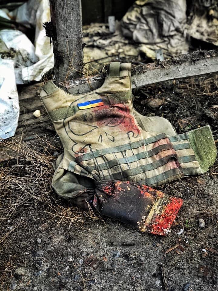 """На позиції снайпера """"ДНР"""" помітили дівчинку"""
