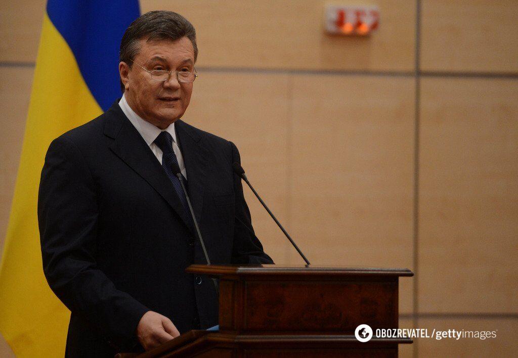 Віктор Янукович після втечі до Росії