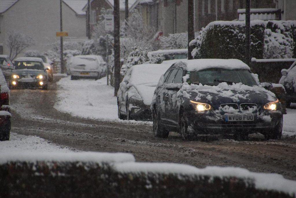 Качественные щетки стеклоочистителя обеспечат вашу безопасность на дороге, особенно зимней поры