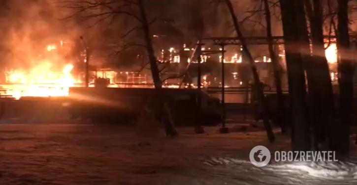 """В Уфе загорелся """"Нефтехим"""""""