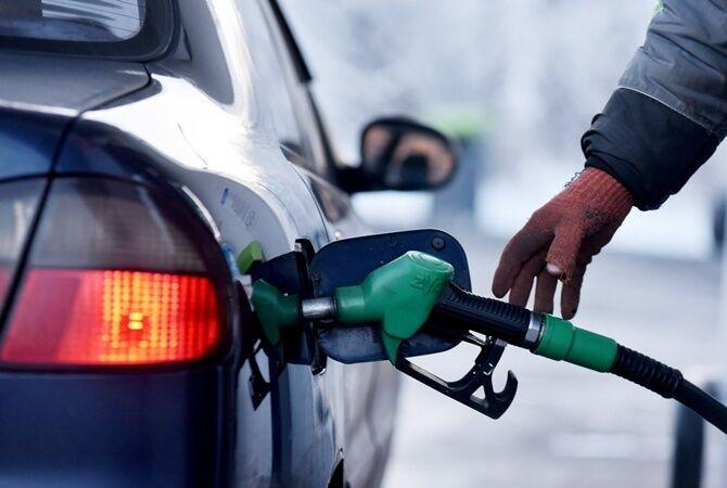 Цены на бензин в Украине: озвучен прогноз