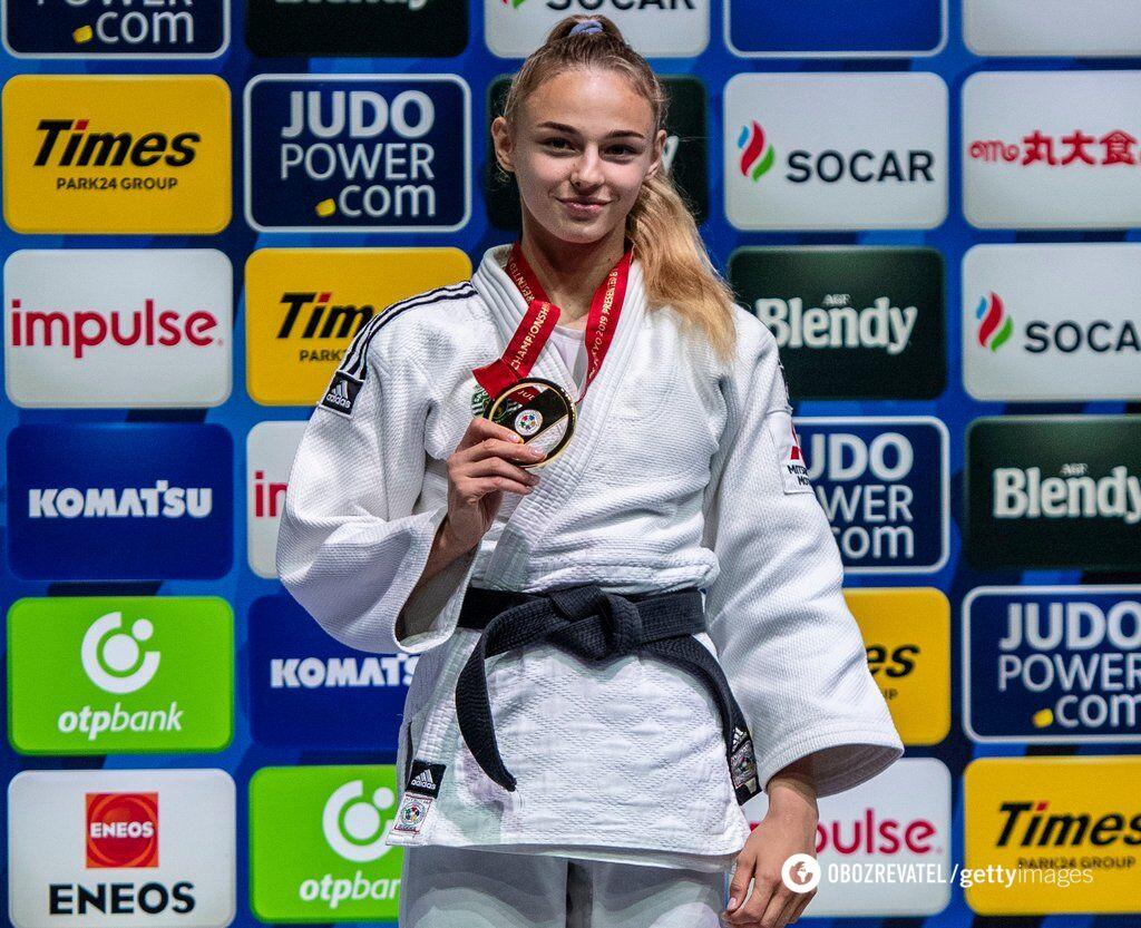 Дарья Белодед с медалью чемпиона мира